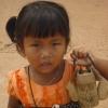 2 bimba villaggio di B. Nongtok