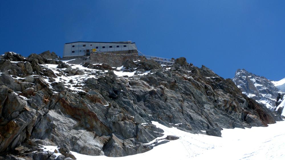 001Refuge des Grands Mulets a 3051 m.