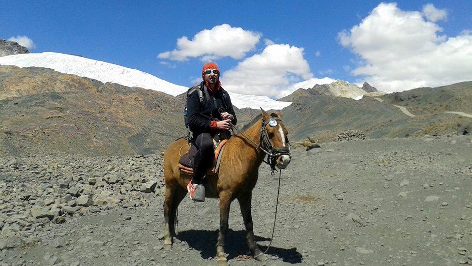 Michele Tomaselli al ghiacciaio Pastoruri